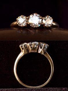 1900-10s Edwardian Three Diamond Engagement Ring Jewelry Art, Antique Jewelry, Vintage Jewelry, Jewelry Accessories, Wedding Jewelry, Wedding Rings, Wedding Stuff, Wedding Ideas, Arm Candy Watch