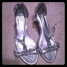Pelle moda silver rhinestone heels Short 1-2 inch heel with beautiful rhinestone detail with a shiny silver finish Pelle moda Shoes Heels