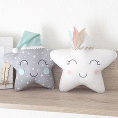 On craque tous pour elles! Les étoiles indiennes 😊😊💕💕 . . . . . . #felt#feltro#craft#love#decor#bebe#chambrebebe#babyshower#babyroom#mama#maman#grossesse#enceinte#craft#couture