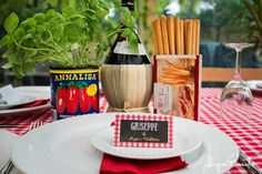 Little Big Company | The Blog: Italian Trattoria 60th Birthday by Elise from Lopre Events