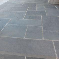 Bluestone Blue Select Natural Cleft - ORIJIN STONE Stone Deck, Outdoor Stone, Outdoor Paving, Outdoor Gardens, Porch Flooring, Outdoor Flooring, Slate Flooring, Flooring Ideas, Bluestone Paving