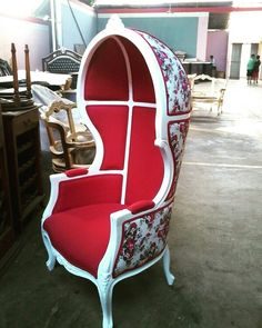 Kursi balon Wingback Chair, Armchair, Cool Furniture, Furniture Design, Porter Chair, Couch Design, Egg Chair, Sofas, Indoor Outdoor