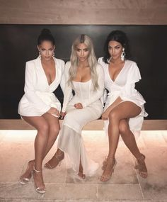 "334.3k Likes, 1,902 Comments - Kim Kardashian West (@kimkardashian) on Instagram: ""Got to hang with these beauties at my fragrance launch! @nataliehalcro @oliviapierson"""