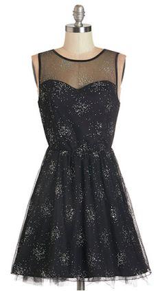 pretty sparkle dress http://rstyle.me/n/muj8er9te