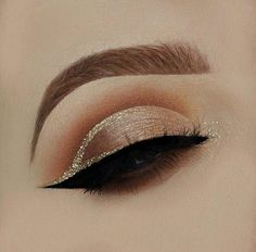 Inspo from Product lis Everyday Make Up, Eye Make Up, Skin Makeup, Beauty Makeup, Hair Beauty, Eye Makeup Pictures, Makeup Pics, Eyeshadow Palette Too Faced, Plouise Makeup Academy