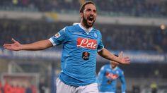 Napoli tager 4. sejr i træk mod Chievo