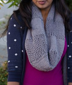 Free Pattern: Through Thick and Thin Cowl by Megana Reddy