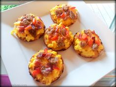 Cut the Wheat: Mini Breakfast Pizzas: Grain Free, Gluten Free, Sugar Free, Low Carb / #lowcarb shared on https://facebook.com/lowcarbzen