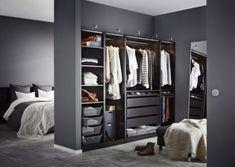 IKEA PAX wardrobe combinations without doors Dressing Angle, Dressing Pas Cher, Closet Behind Bed, Walk In Closet Ikea, Dressing Room Closet, Dressing Room Design, Dressing Rooms, Simple Closet, Closet Layout