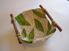 55 Awesome Paper Mache Ideas to Make DIY Crafts Easily at Home Early Age Paper Mache Water Container This image. Paper Mache Bowls, Paper Mache Clay, Paper Bowls, Paper Mache Crafts, Clay Crafts, Clay Art, Paper Plates, Diy Home Crafts, Arts And Crafts