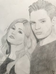 Drawing of Clary and Jace Shadowhunters Tv Series, Shadowhunters The Mortal Instruments, Clary Et Jace, Art Sketches, Art Drawings, City Of Bones, Shadow Hunters, Cassandra Clare, Beautiful Drawings