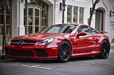 BrianZuk spots an absolutely stunning RED Mercedes SL65 AMG Black Series...very rare color for this car!
