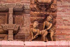 Las plazas Durbar de Katmandú, esencia de Nepal - Las tallas eróticas de los templos de la plaza Durbar de Katmandú