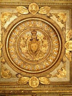 Exquisite gilded ceiling detail in the Louvre, Paris! Architecture Old, Architecture Details, Hugues Capet, Louvre, Going For Gold, Paris Images, Ceiling Detail, Building Art, Shades Of Gold