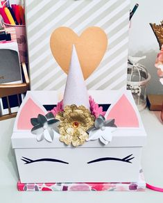 Valentine's day Unicorn box