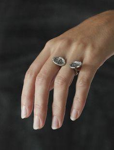Odette Open Hands Ring FW13 .. Cisthene