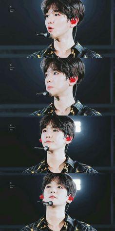 Baekhyun [HQ] 180826 A-Nation Concert in Tokyo Chanbaek, Kaisoo, Exo Ot12, Baekhyun Chanyeol, K Pop, Exo Lockscreen, Kim Minseok, Xiuchen, Exo Memes