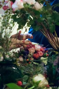 Flowers by Jardin Divers www.jardindivers.it @jardindivers  Flower Workshop at Boutique Nadine, Florence