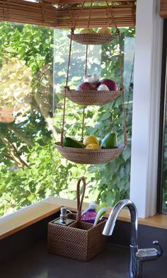 Great Kitchen Organizer.