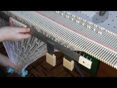 Анонс. Вяжем палантин за час на вязальной машине Silver Reed LK150 (Сильвер рид ЛК 150) - YouTube