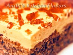 Kitchen Flavors: Prajitura Galbena Romanian Food, Romanian Recipes, Hungarian Recipes, Good Food, Yummy Food, Dessert Recipes, Desserts, Diy Food, Sweet Recipes