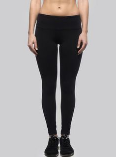 long leggings black front
