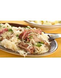 Joues de porc sur choucroute pour 8 personnes - Recettes Elle à Table - Elle à Table