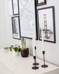 Olohuoneen yksityiskohdat Candle Holders, Candles, Home Decor, Decoration Home, Room Decor, Porta Velas, Chandelier, Pillar Candles, Lights