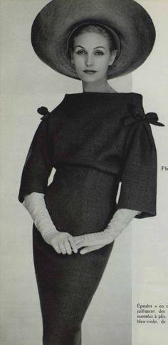 1959 Pierre Cardin
