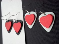 A Destination to Fine Arts & Crafts Heart Earrings, Drop Earrings, Holiday Ideas, Jewelry Ideas, Arts And Crafts, Guitar, Valentines, Craft Ideas, Fine Art