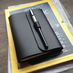 kinda cool pen holder  Check out [텐바이텐] Note Cover_Buckle Pen A6 - 가죽노트커버.펜잠금