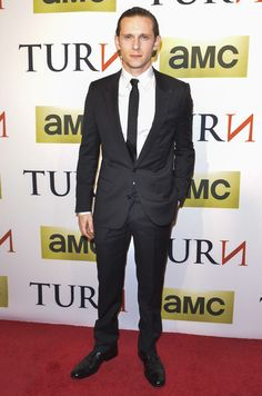 Jamie Bell Photos - Jamie Bell attends the 'Turn' series premiere at The National Archives on March 24, 2014 in Washington, DC. - 'Turn' Season Premiere