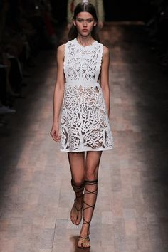 VALENTINO SPRING / SUMMER COLLECTION 2015 #EXONEFASHION