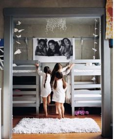 Love the shared room with giant art of the girls. And the light and the room design interior decorating Ikea Bunk Bed, Bunk Beds, Ikea Beds, Kura Bed, Mini Loft, Cool Kids Rooms, Bunk Rooms, Shared Rooms, Fashion Room
