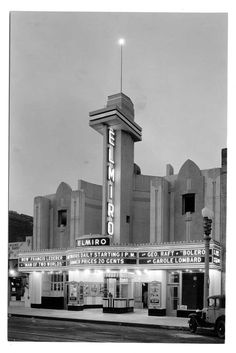 The Streamline Moderne El Miro Theatre on 3rd Street in Santa Monica, 1931. The theater was demolished, but the facade lives on, fronting an AMC multi-plex.