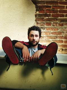 .... i dont think itd be possible for him to be any cuter- charlie day