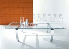 Extension glass table