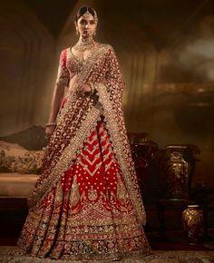 Designer Bridal Lehenga, Indian Bridal Lehenga, Indian Bridal Outfits, Indian Bridal Fashion, Indian Bridal Wear, Lehenga Designs, Choli Designs, Desi Wedding Dresses, Bridal Dresses