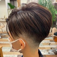 Pearl Earrings, Hoop Earrings, Short Hair Styles, Hair Cuts, Pixies, Instagram, Fashion, Bowl Cut, Bob Styles