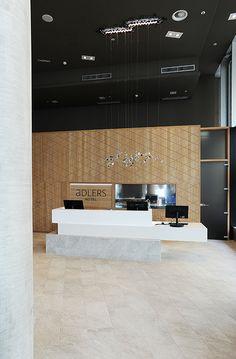 hotel-design-rezeption-adlers-1