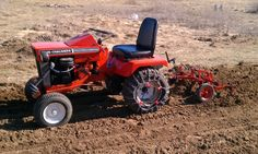 Michael's Tractors (Simplicity and Allis Chalmers Garden Tractors) - Cultivator mystery