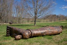 """Zhang Huan's """"Head From Buddha Foot,"""" is now on view at Storm King Art Center in Upstate New York. Storm King Art Center, Outdoor Art, Land Art, Public Art, Artist At Work, Landscape Art, Contemporary Artists, Lovers Art, Buddha"""