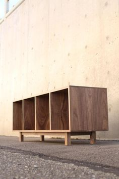 Plywood Furniture, Furniture Decor, Modern Furniture, Furniture Design, Lp Regal, Design Lounge, Foyer Bench, Architecture 3d, Record Cabinet