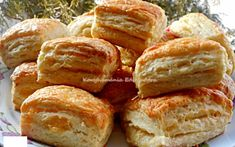 Érdekel a receptje? Kattints a képre! Hungarian Recipes, Pretzel Bites, Biscuits, Nova, Favorite Recipes, Bread, Ethnic Recipes, Easter, Kitchen