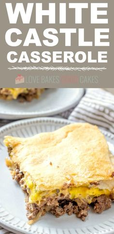 The kids LOVED this White Castle Casserole! Easy to make too! Satisfy your craving but skip the local fast-food joint - this WHITE CASTLE CASSEROLE is a simple and delicious family-approved weeknight meal! Hamburger Recipes, Ground Beef Recipes, Meat Recipes, Cooking Recipes, Dinner Recipes, Hamburger Casserole, Recipies, Mcdonalds Recipes, Cheeseburger Casserole