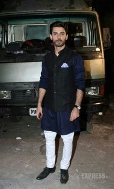 Priyanka, Rani, Ranveer, Sonam: Best Dressed for the week - here pictured - Fawad Khan. Wedding Kurta For Men, Wedding Dresses Men Indian, Wedding Dress Men, Wedding Men, Wedding Sherwani, Wedding Outfits, Wedding Attire, Nehru Jacket For Men, Nehru Jackets