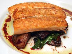Salmon with Warmed Vegetable Salad & Worcestershire Vinaigrette, Stephen Hopcraft, Top Chef Season 7 Shellfish Recipes, Seafood Recipes, Food Dishes, Main Dishes, Chef Food, Vegetable Salad, Chef Recipes, Season 7, Fish And Seafood
