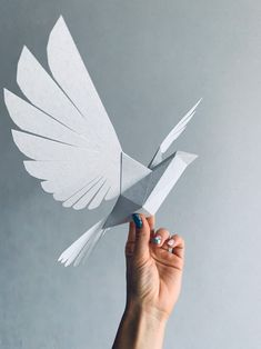 Dove - Make your own Low poly bird on fly, Geometric bird, Paper sculpture, Papercraft bird, Dove Paper Artwork, 3d Artwork, Geometric Bird, Make Your Own, Make It Yourself, Origami Paper, Origami Birds, Paper Birds, Book Sculpture