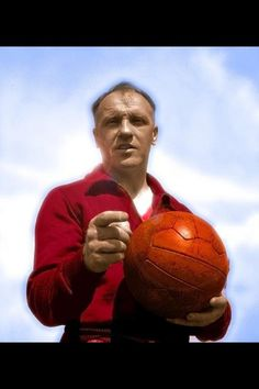 One of the great images of the legendary Liverpool manager and inspiration Bill Shankley. #LFC #Legend