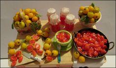 Guavas- Goiabas Miniature table - Mesa  miniatura http://ivanigrande.blogspot.com.br/ https://www.etsy.com/pt/shop/MiniaturaBrasileira